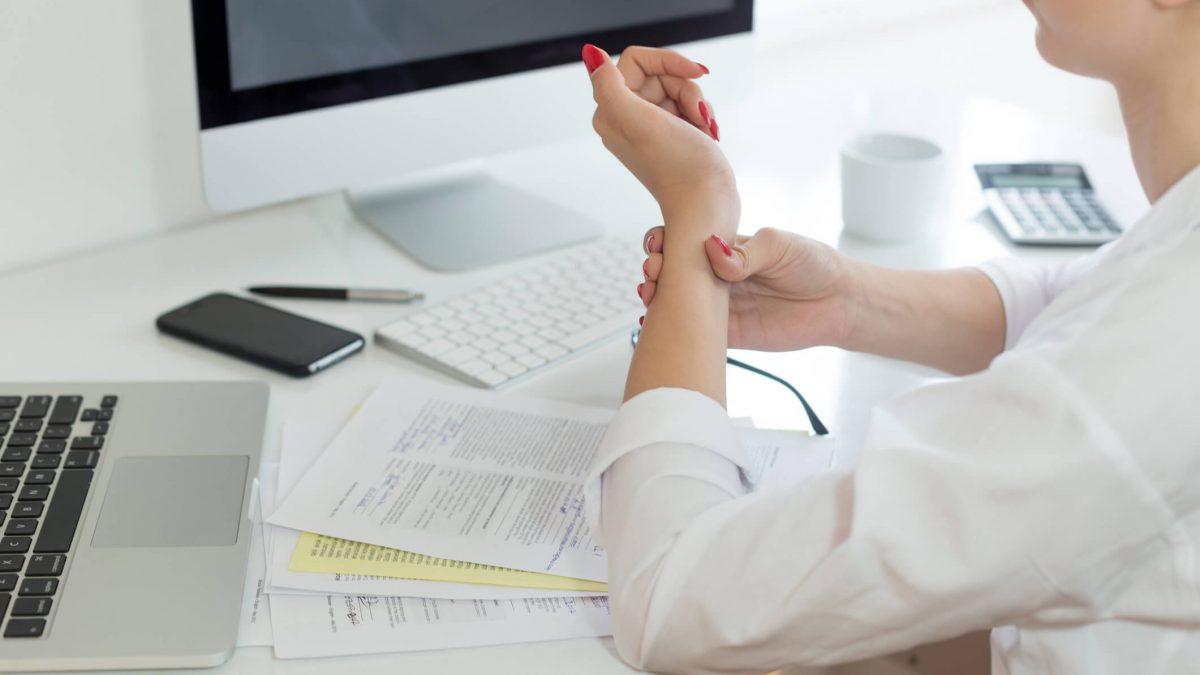 Esclareça 3 dúvidas sobre lesão por esforço repetitivo no trabalho!